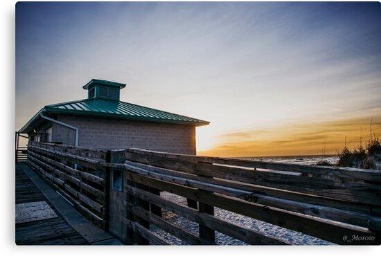 Ocean Sun Rise by jesfotography