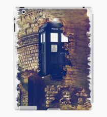 Call Box Geek T-Shirt / Hoodie iPad Case/Skin