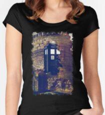 Call Box Geek T-Shirt / Hoodie Women's Fitted Scoop T-Shirt