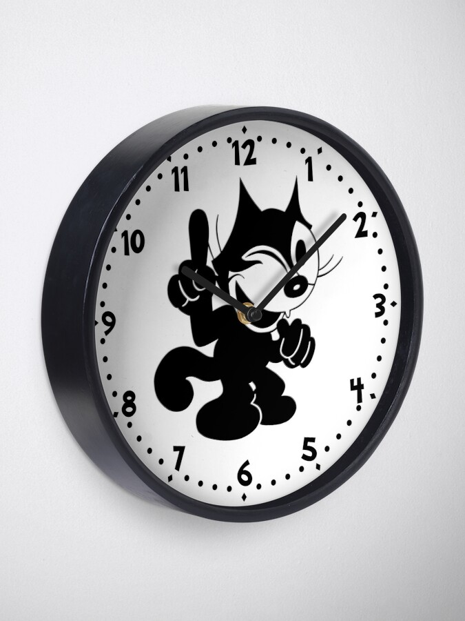 Alternate view of Felix the Cat Winking at.. Clock