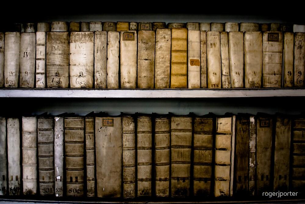 Bookshelf, Prague by rogerjporter