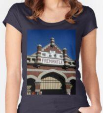 Fremantle Market Building Women's Fitted Scoop T-Shirt