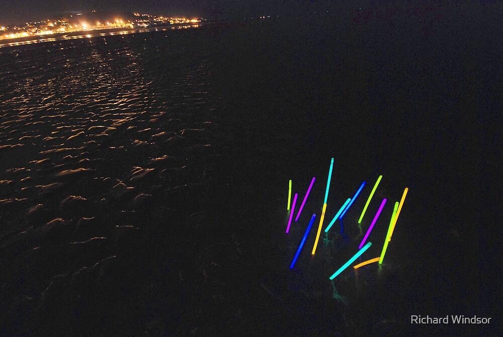 Glowsticks on Instow beach by Richard Windsor