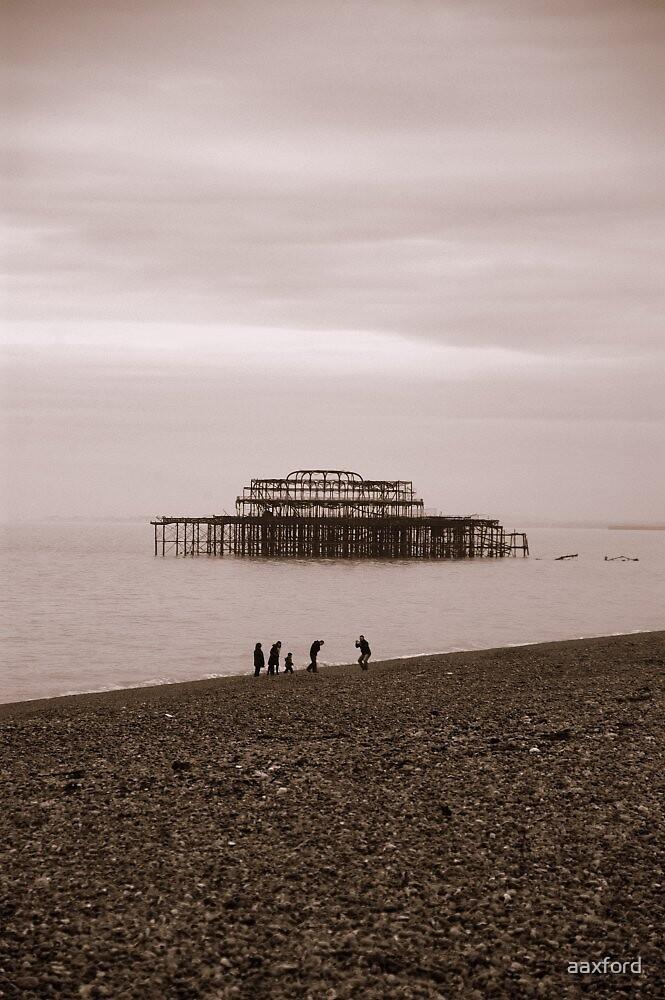 West Pier, Brighton by aaxford