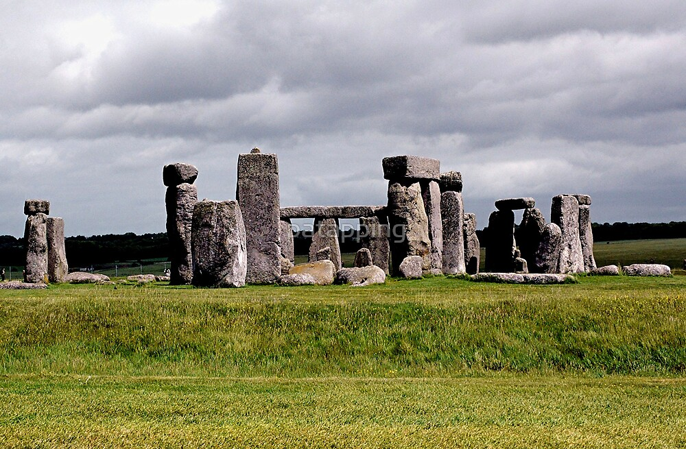 Stonehenge, England by patapping