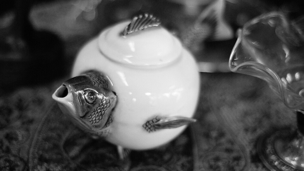 Untitled (Teapot) by hszafran