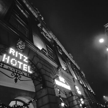 A night at the Ritz by panoramica
