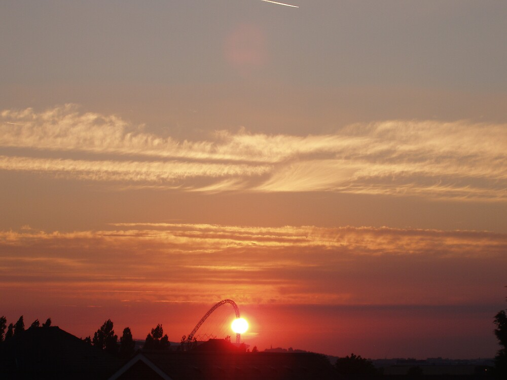 Sunset over Wembley 4 by Lindymrb