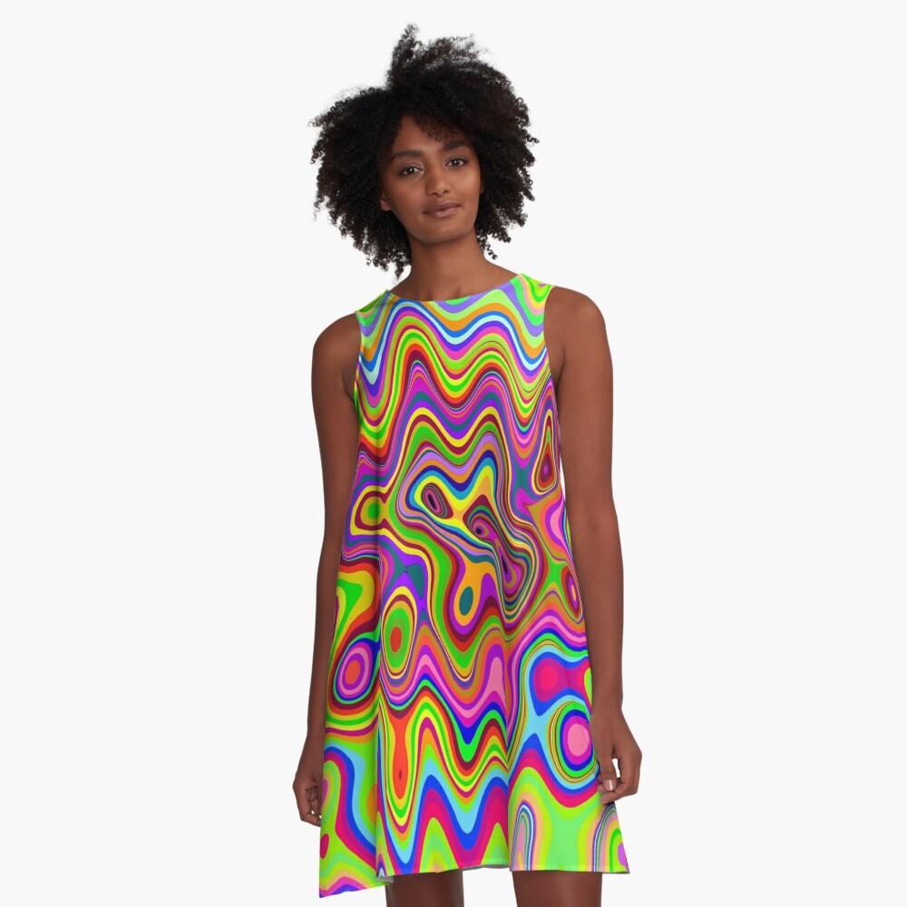 Patrón psicodélico de colores brillantes Vestido acampanado