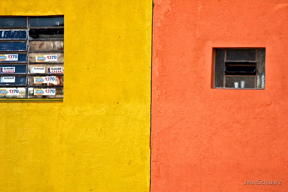 2 Windows 2 colors by JeanSchwarz