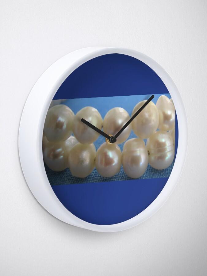 Alternate view of Pearls Clock