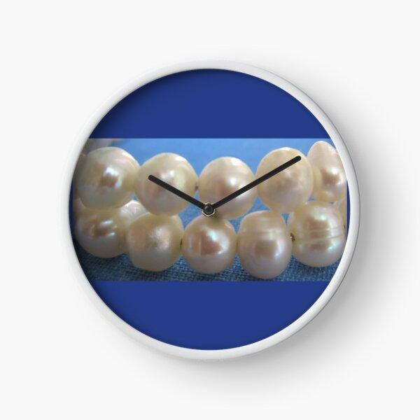 Pearls Clock