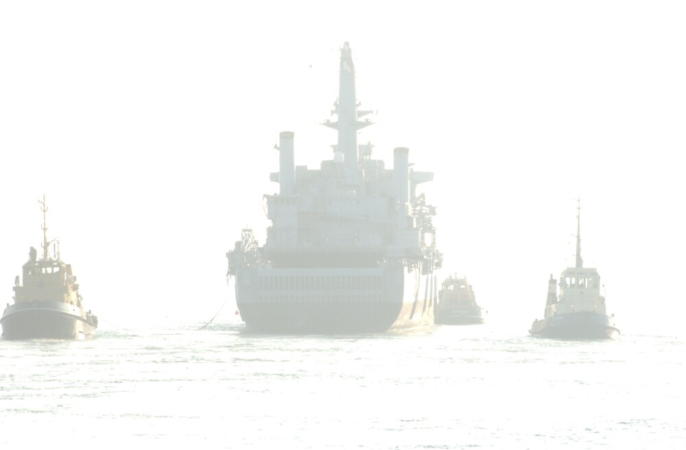 HMS Fearless leaving Portsmouth Harbour by tilly