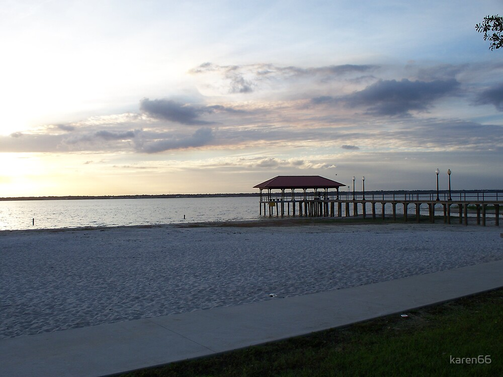 Beach at the lake and the Pier by karen66