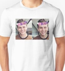 Brandon Flynn (Flower Crown)- Thirteen Reasons Why Unisex T-Shirt