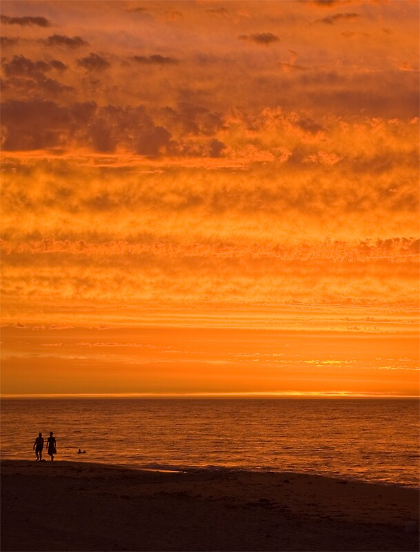Another example of the sunsets from Perth by Zzapped