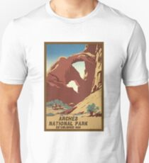Arches National Monument Utah Moab Vintage Travel Decal Unisex T-Shirt