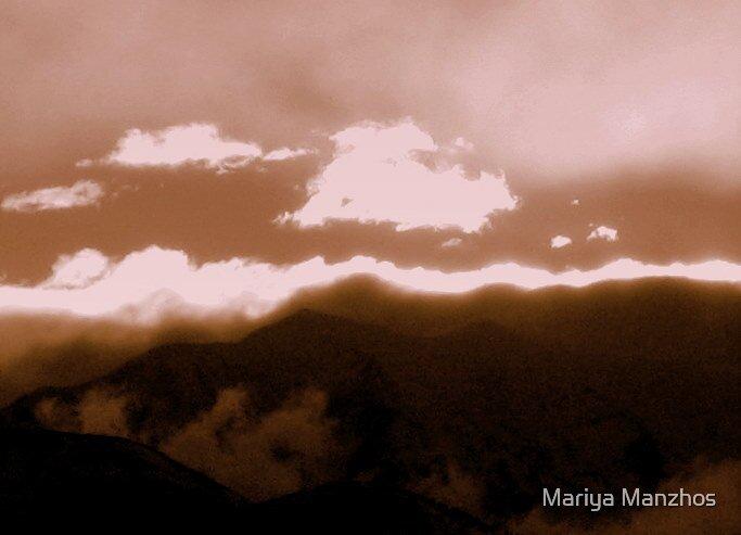 Clouds in Utah by Mariya Manzhos
