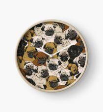 Reloj Pugs sociales
