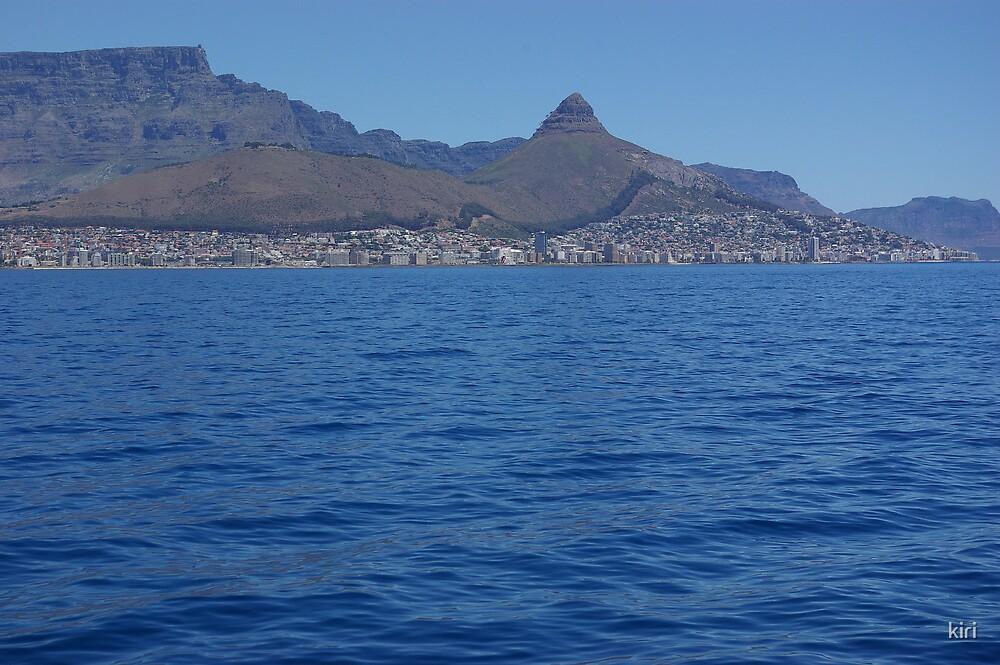 Approaching Cape Town by kiri