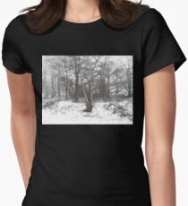 SNOW SCENE 7 Women's Fitted T-Shirt