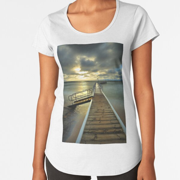 Imminent sunset at Safety Beach. Premium Scoop T-Shirt