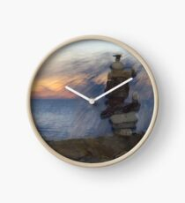 Water Spray Rock Stack Clock