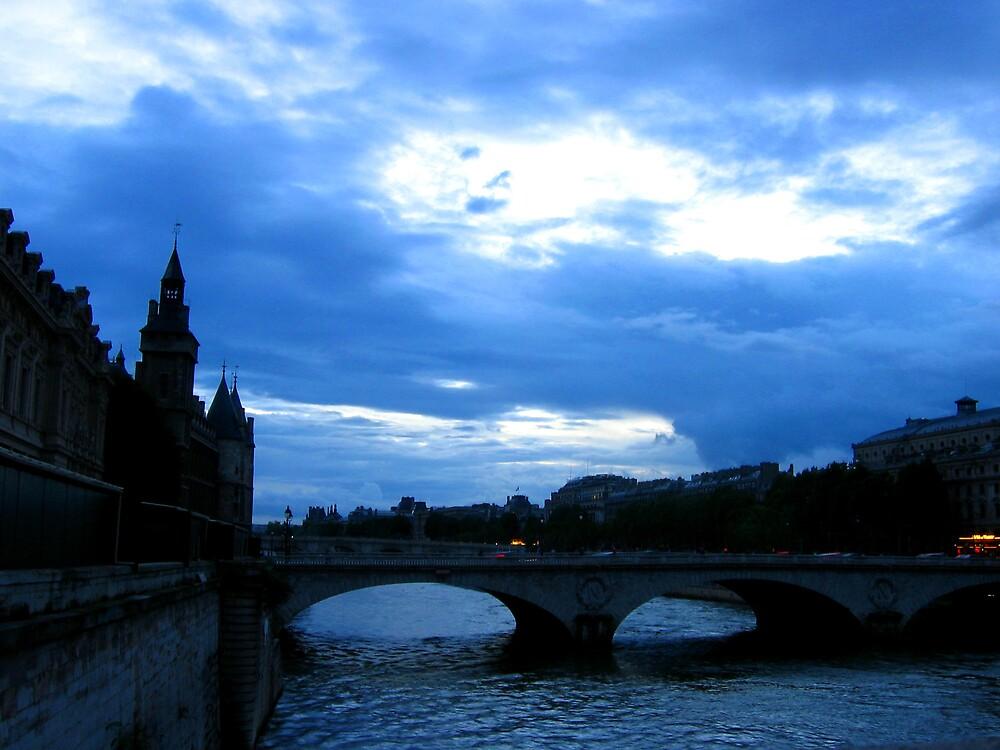 Ah Paris by Holls