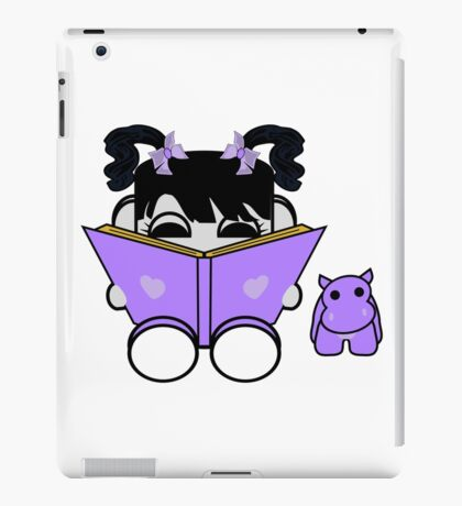 Mogo Yo & Crumple Love to Read: O'BABYBOT Toy Robot 1.0 iPad Case/Skin