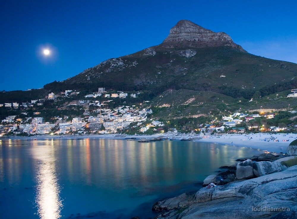 Moonrise over Clifton by louishiemstra