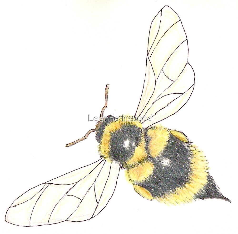 buzz buzz by Leanne Inwood
