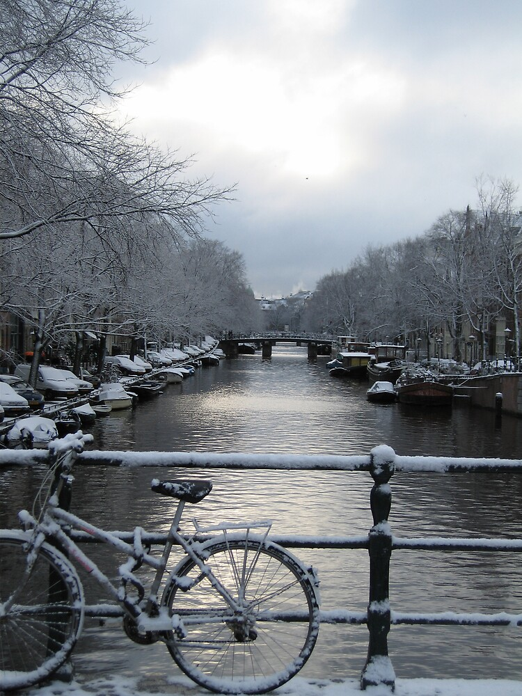 Amsterdam in the snow by Muwi
