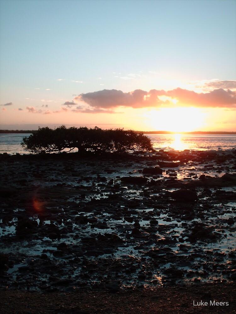 Hervey Sunset by Luke Meers