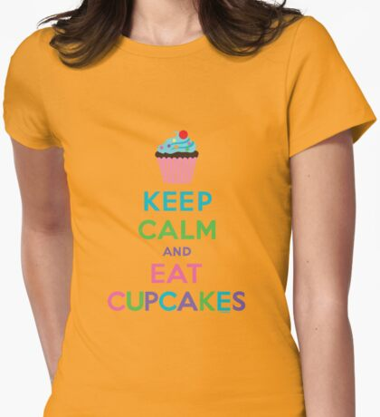 Keep Calm and Eat Cupcakes ll T-Shirt