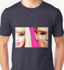 BARBIE AND KEN: KISS Unisex T-Shirt