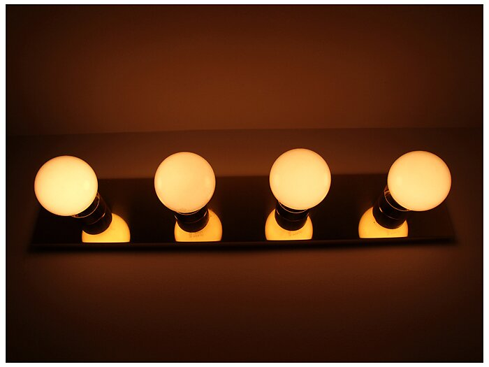 Bathroom light bulbs by Bollenbach