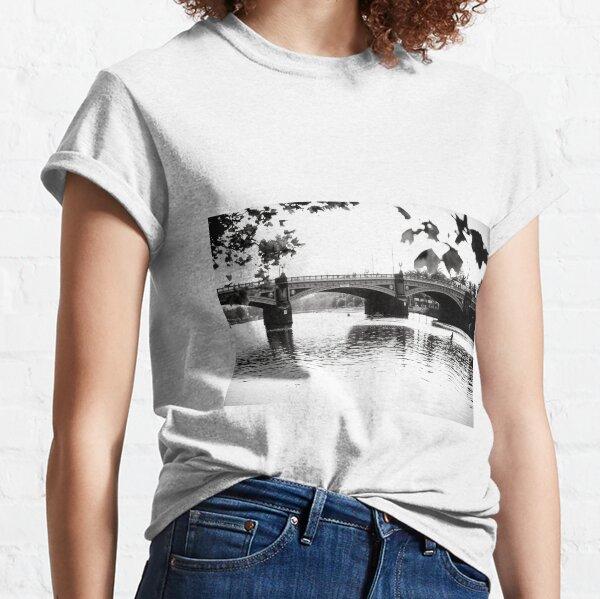 Yarra Shine Classic T-Shirt
