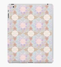 Kairouan pink tiles Vinilo o funda para iPad