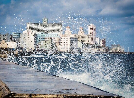 Habana Malecon by Yukondick