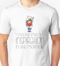 I Love the smell of inspiration - polar bear girl Unisex T-Shirt