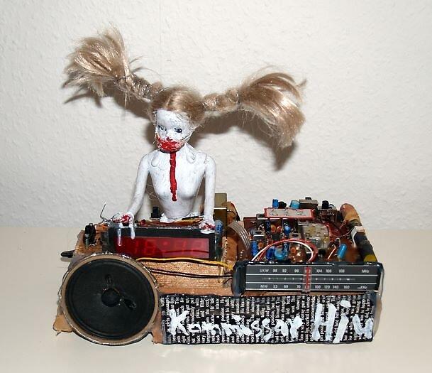 Radiowecker by Kommissar hjuler