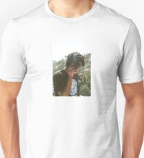 DANIEL CAESAR Unisex T-Shirt