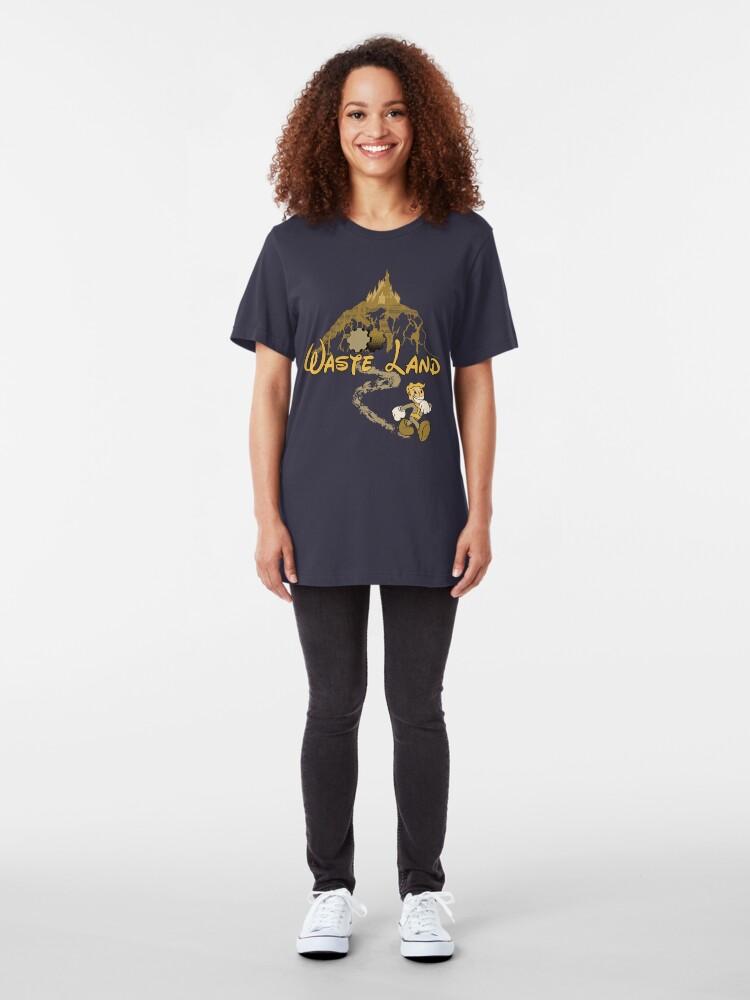 Alternative Ansicht von Der glücklichste Ort auf der Erde Slim Fit T-Shirt