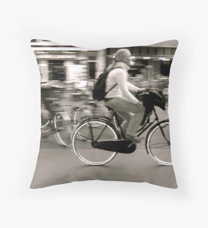 hula hoops Throw Pillow