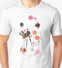 Two girls - red Unisex T-Shirt