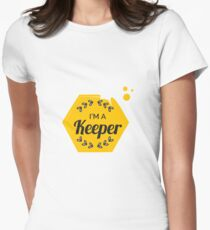 I'm A Keeper - Beekeeper - Awesome Beekeeping Gift Womens Fitted T-Shirt