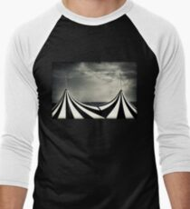 Circus with distant ships Men's Baseball ¾ T-Shirt