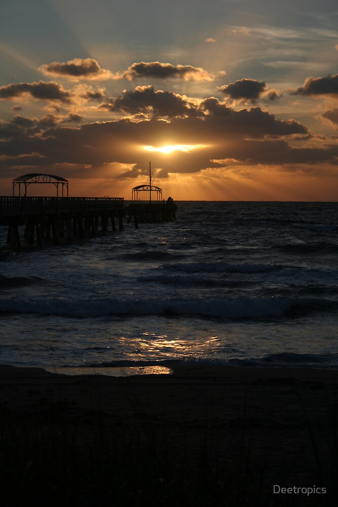 Early sunrise by the pier by Deetropics