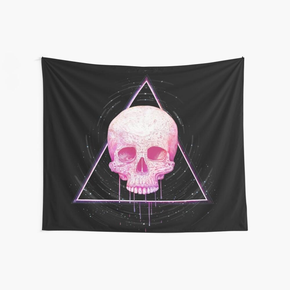 Skull in triangle on black Wandbehang