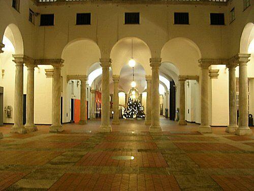 palazzo-ducane-atrio-colonne in Roma Italy..very nice by ketilela